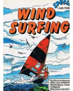WINDSURFING: SURFLES IN STRIPVORM